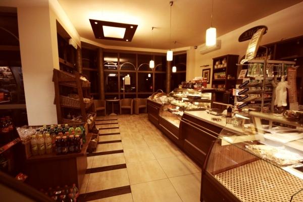 klich piekarniacukiernia rozwija siec sklepow firmowych